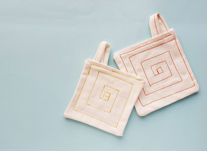 How to Sew a Potholder: beginner sewing tutorial