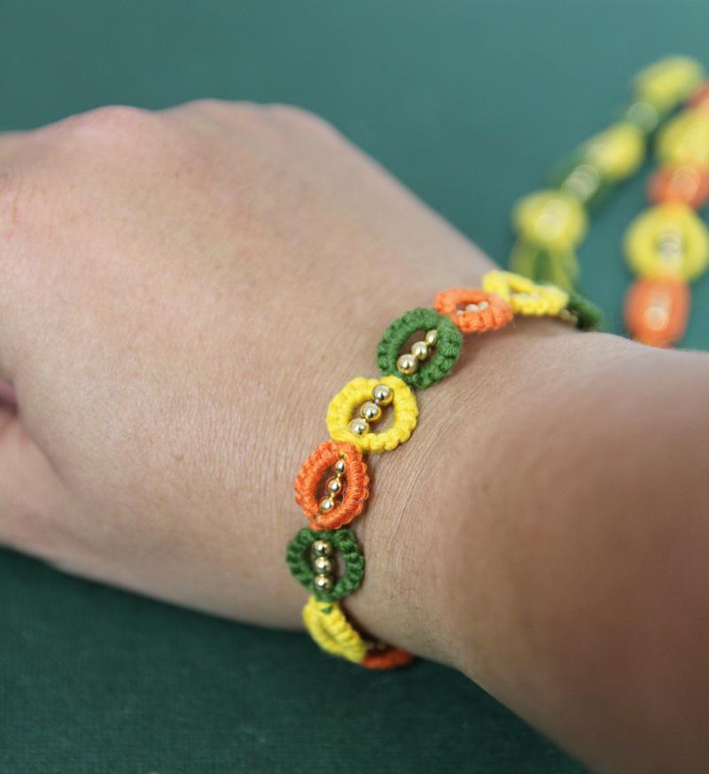 Leaf Friendship Bracelet Pattern – Super Easy Tutorial!